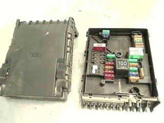 fuse box / electricity central - vw caddy 11-15 vw caddy fuse box 2012
