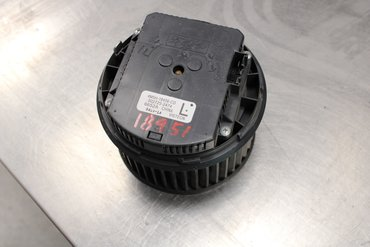 Heating fan - Volvo V50 -09 - 5027252474 4M5H18456CD