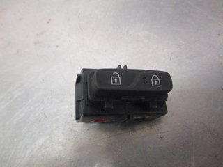 Central lock Switches - Volvo V40 12 ->> -16 31376498  31376498