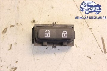 Central lock Switches - Volvo S80 -07   30710475