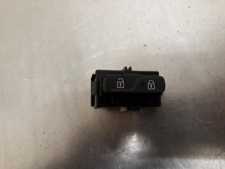 Central lock Switches - Volvo V40 Cross Country -18 31376498  31376498