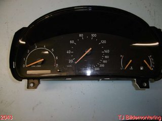 Combined Instrument - Saab 9-5 -99 50 42 007 K 69795-870T