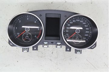 Combined Instrument - VW Golf, e-Golf -12 5K0920872AX