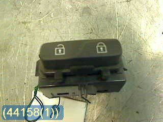 Central lock Switches - Volvo V70 -12 31318987 12W016 31318987