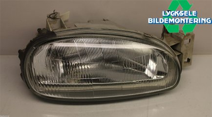 Head light - Mazda 121 -92 8BDH51030A