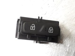 Central lock Switches - Volvo V40 12 ->> -19 31376498  31376498