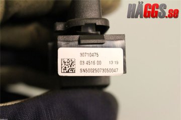 Central lock Switches - Volvo XC70 -08 30710475  30710475
