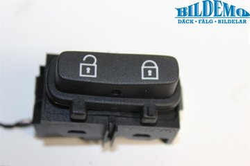 Central lock Switches - Volvo V70 -08 30710475  30710475