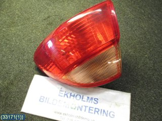 Tail light - Toyota Avensis -02  89022027