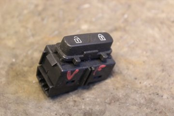 Central lock Switches - Volvo XC60 -13  31318987