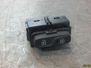 Central lock Switches - Volvo V40 12 ->> -15 31376498  31376498