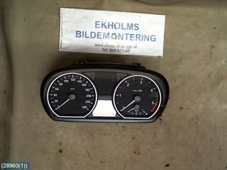 Combined Instrument - BMW 1-Series -09  1024952-98