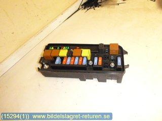 fuse box electricity central saab 9 3 ver2 03 07. Black Bedroom Furniture Sets. Home Design Ideas