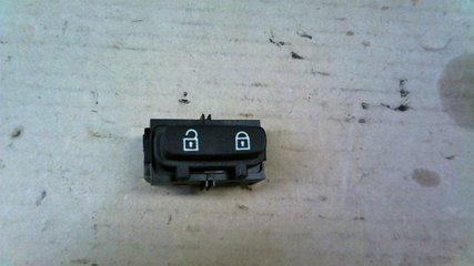 Central lock Switches - Volvo V70 -10  30710475