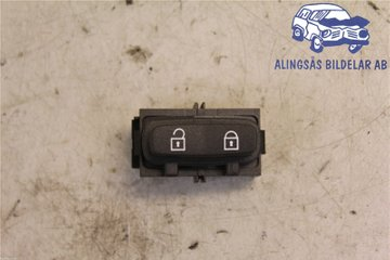 Central lock Switches - Volvo V70 -08 30710475