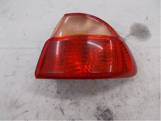 Tail light - Toyota Avensis -01   89022027