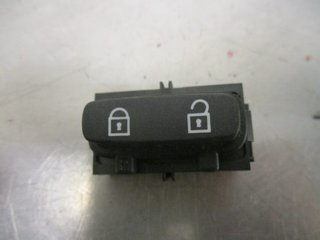 Central lock Switches - Volvo XC70 -08 30710476  30710476